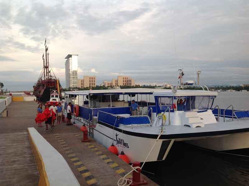 Más de tres mil 500 pasajeros  visitan diario la terminal marítima