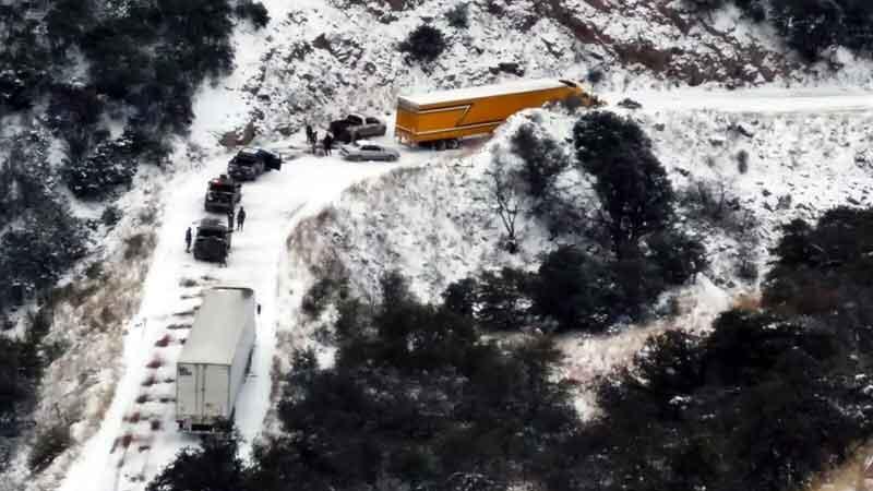 Paralizan nevadas  a estados del norte