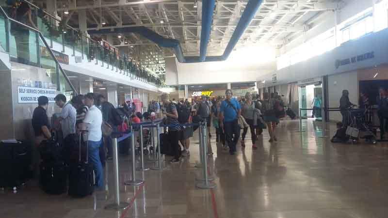 Recibe aeropuerto más de 23 mil 500 pasajeros en fin de semana