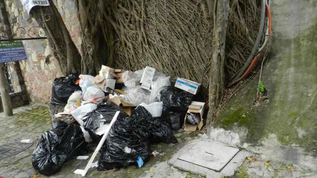 Ante la falta de recolección, buscan vecinos soluciones en Amapas