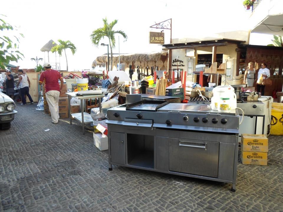 Desalojan el restaurante Mahi Beach