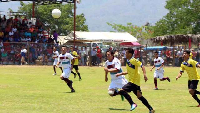 Inicia este fin de semana Liga  del futbol amateur de Badeba