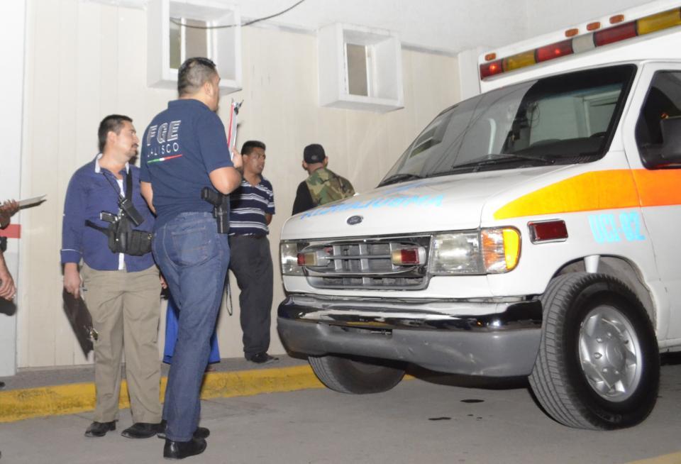 Agentes de seguridad y familiares de paciente  provocan escándalo en hospital Regional