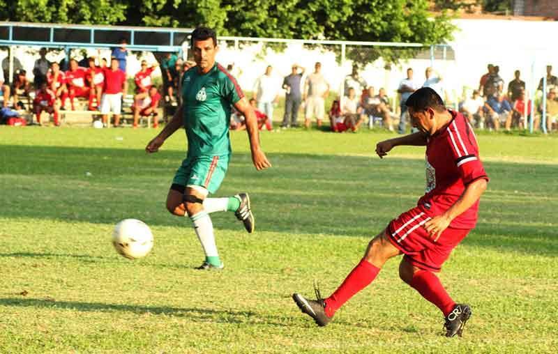 Reanudan torneo Arturo Rojas  en la Liga Cascarita de Futbol