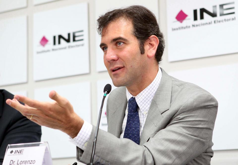Indaga INE a fondo autenticidad de  firmas para independientes: Córdova