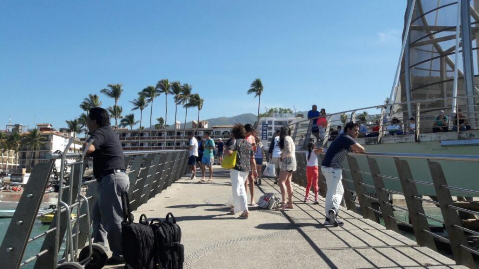 Alcanza Puerto Vallarta ocupación del 85%