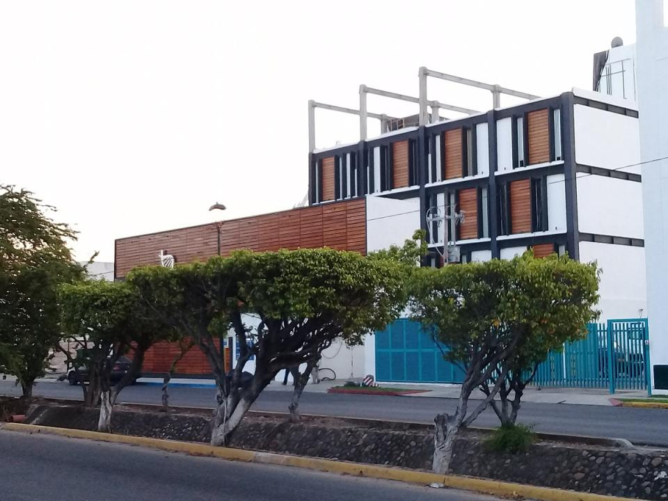 "Señalan como ""irregular"" ampliación  de clínica privada en la Díaz Ordaz"
