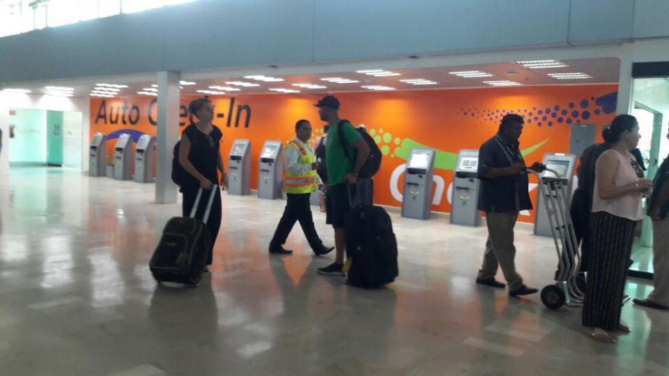 Reduce el Aeropuerto de Vallarta  la TUA nacional e internacional