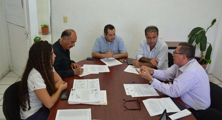 Ayuntamiento, Oromapas y restaurantes  van juntos en Cuidado del Medio Ambiente