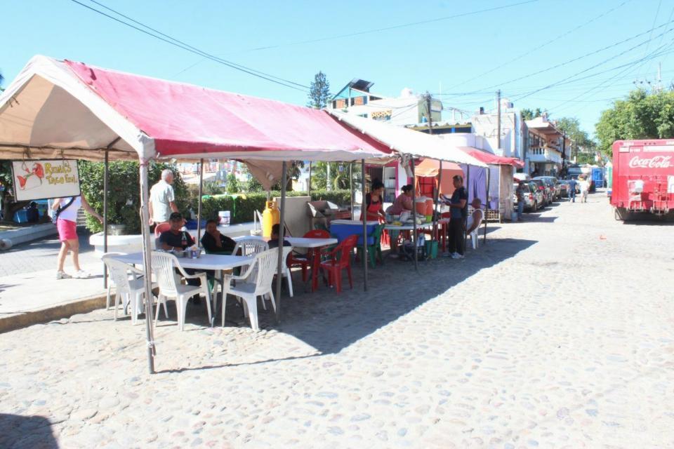 Avanza el orden en espacios públicos  en Bahía de Banderas: Jaime Cuevas