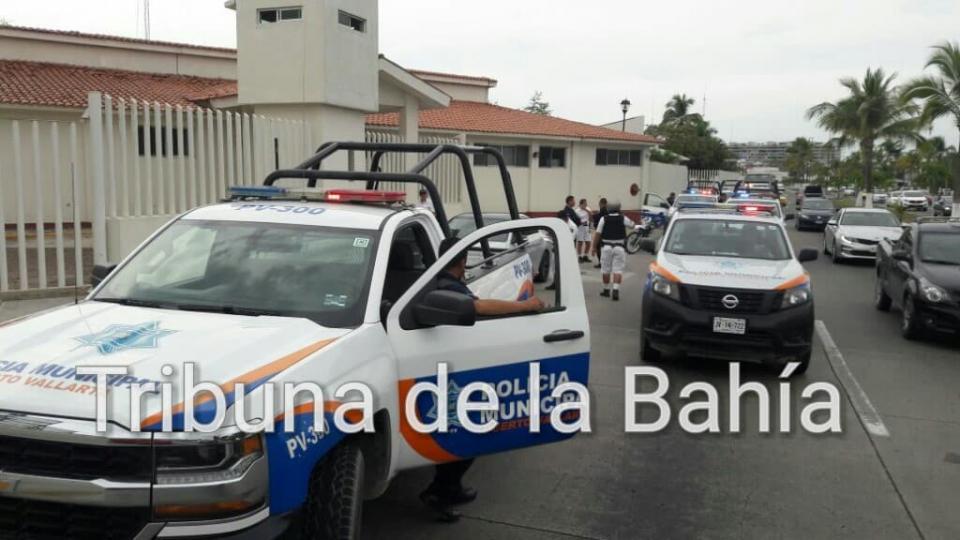 Fuerte movilización de Policia; por auto sospechoso