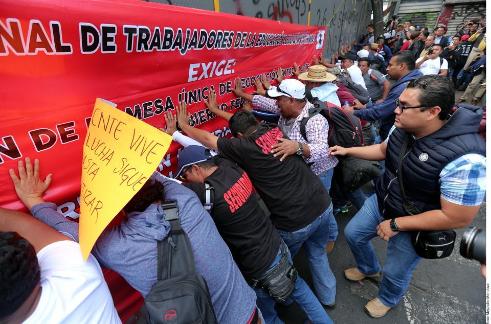 Reactiva la CNTE  marchas en el País