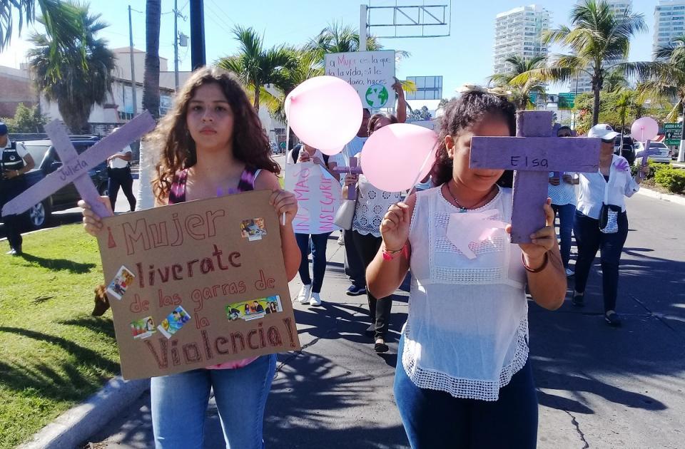 Alzan la voz contra la desaparición  de mujeres en Puerto Vallarta