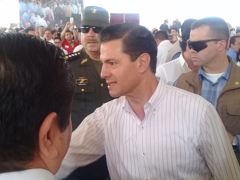 El gobierno no cierra durante  período electoral: Peña Nieto