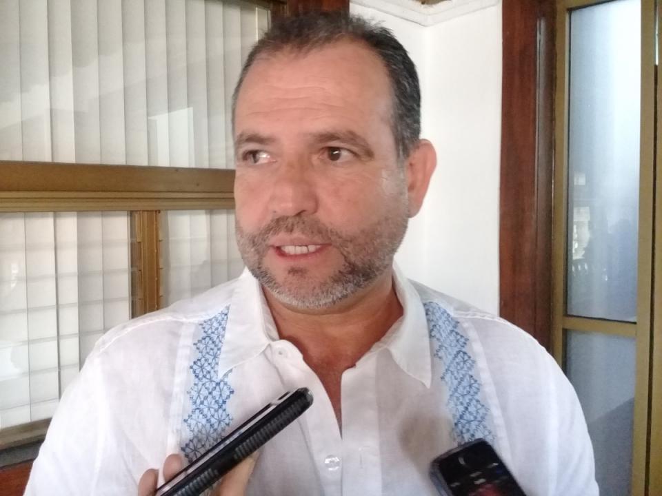 Acatan indicaciones cooperativas  de Vallarta ante veda sanitaria
