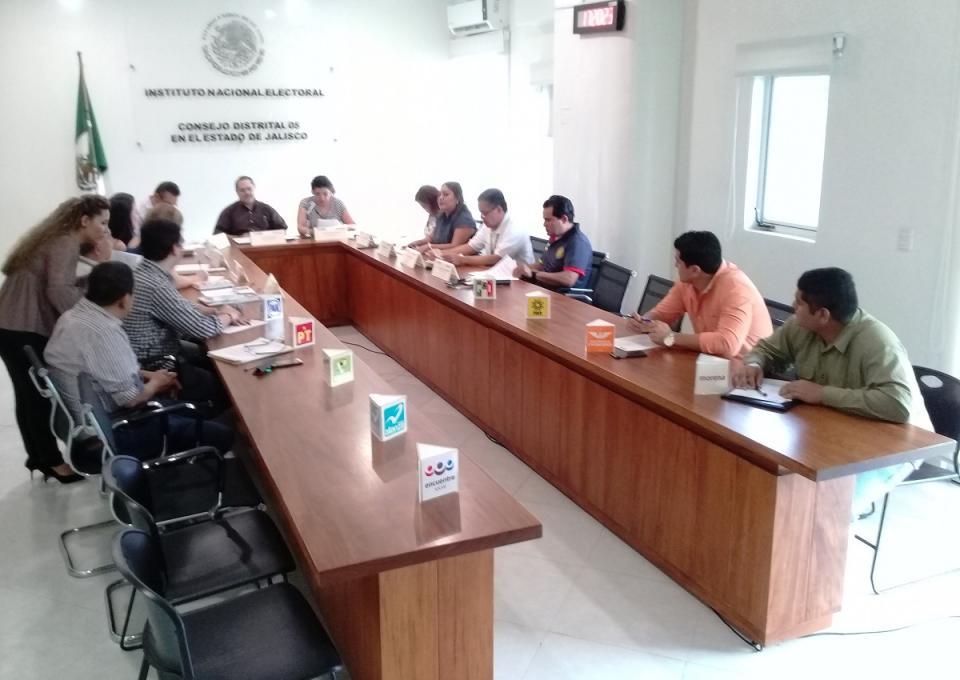 Contratan 114 capacitadores  electorales en el Distrito 05