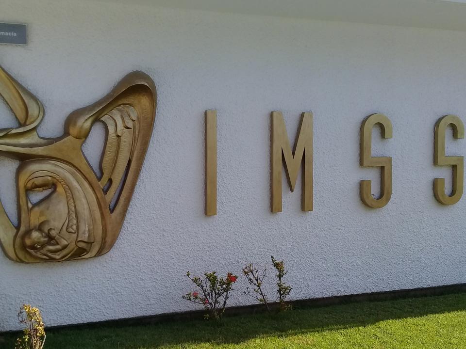 Da cobertura IMSS Vallarta  a 320 mil derechohabientes
