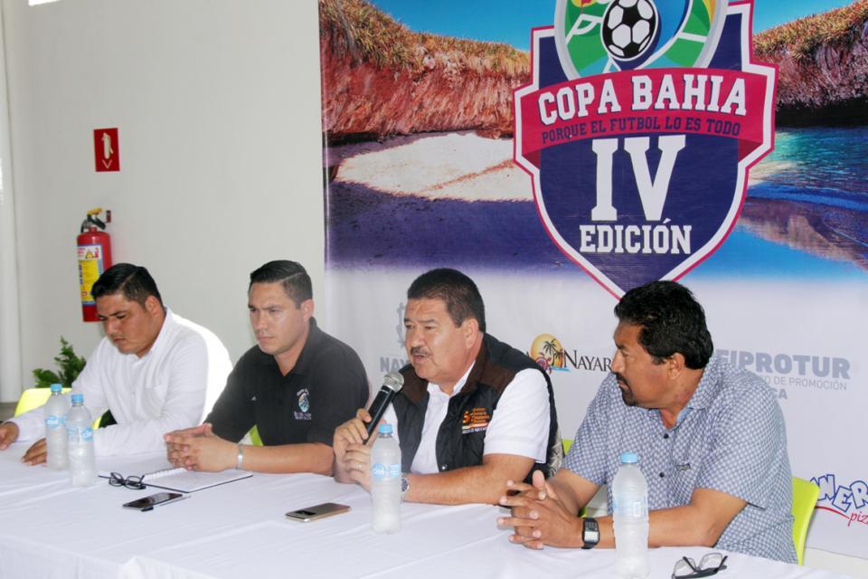 Presentaron ayer  la IV Copa Bahía