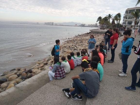 Fomentan uniòn familiar frente al mar