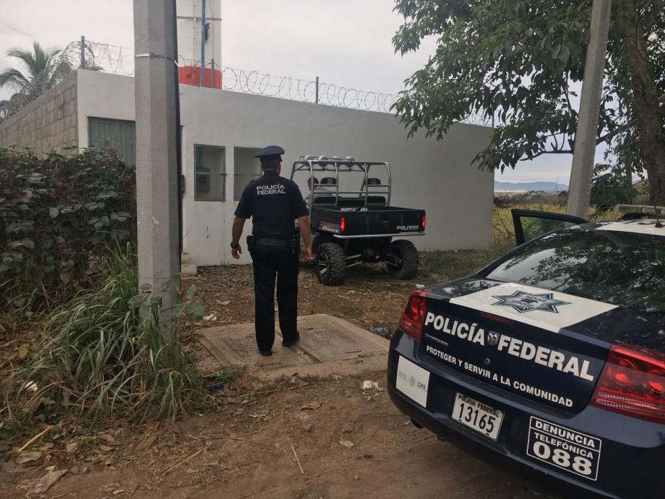 """Localiza Policía Federal  a """"levantado"""" en raiser"""