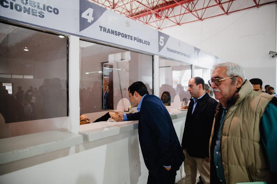 Antonio Echevarría realiza recorrido en Dirección de Transito del Estado