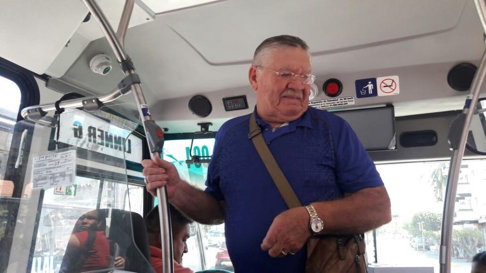 BUSCAN SOCIALIZAR EL TEMA    Inicia a operar con pocas unidades  el nuevo transporte público