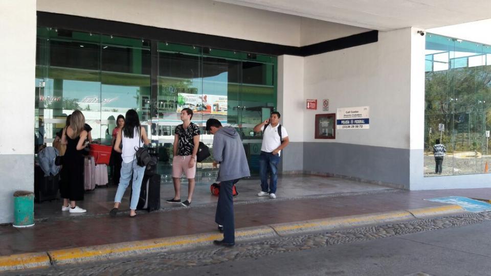 Turistas siguen llegando a Vallarta  para disfrutar de las vacaciones