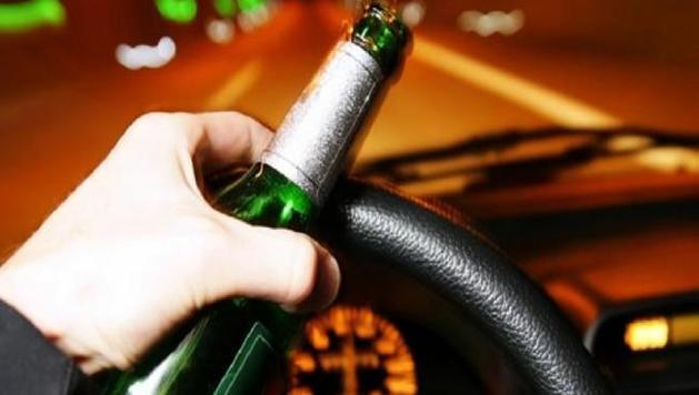 Recomiendan empresarios no combinar alcohol con volante