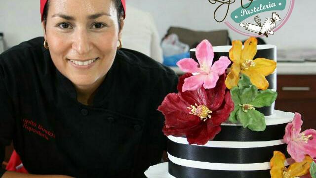 """Pastelería Lupita Bustos celebra su primer  Aniversario con """"El Lado Dulce del Chef"""""""