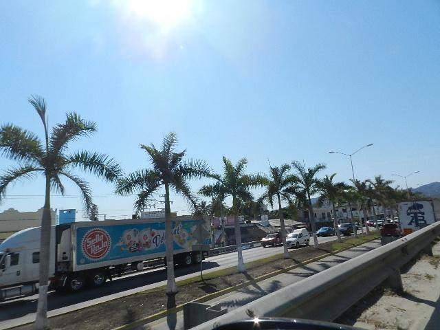 Ya se percibe el arribo masivo  de turistas por carretera