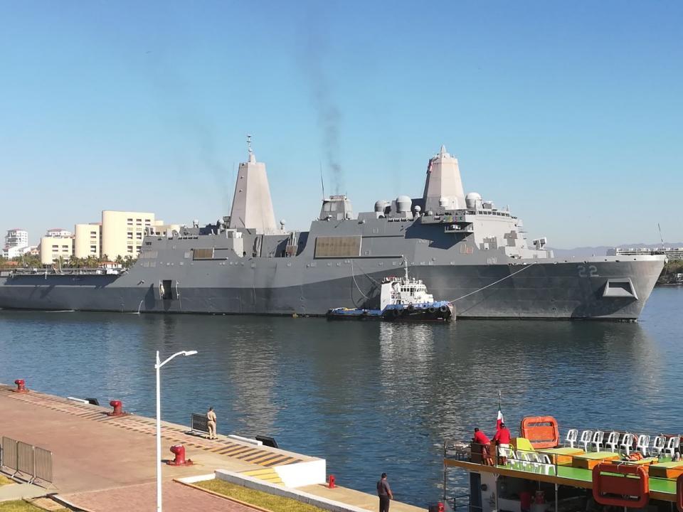 De visita en Vallarta el  Buque USS San Diego