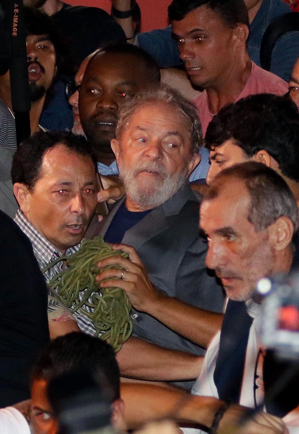 """¡Saldré de esta más fuerte, más  verdadero e inocente!"": Lula da Silva"