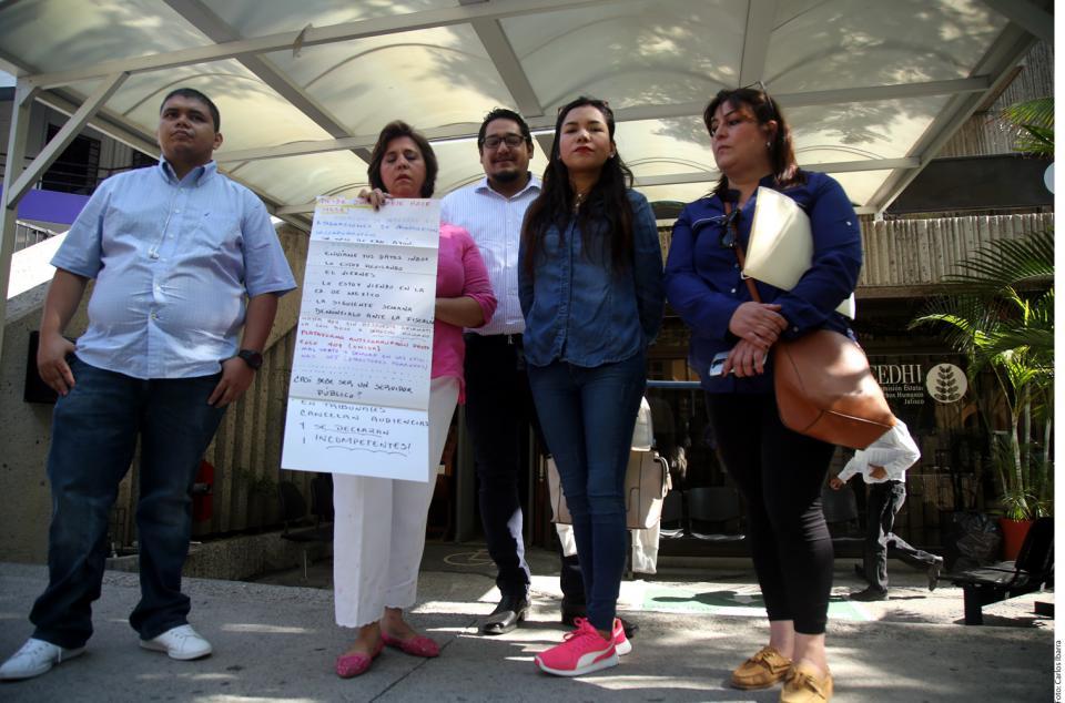 Faltan maestros en  250 escuelas de Jalisco