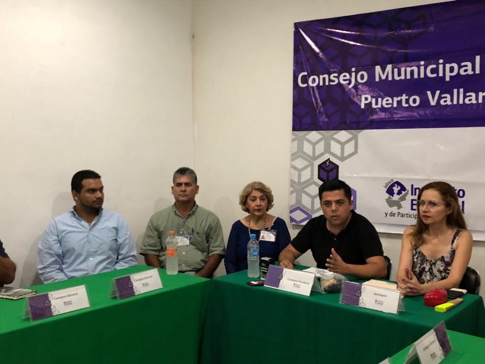 Instalan Consejos Municipales  Electorales en el Distrito 05