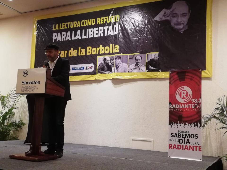 """Óscar de la Borbolla imparte conferencia  """"La lectura como refugio para la libertad"""""""
