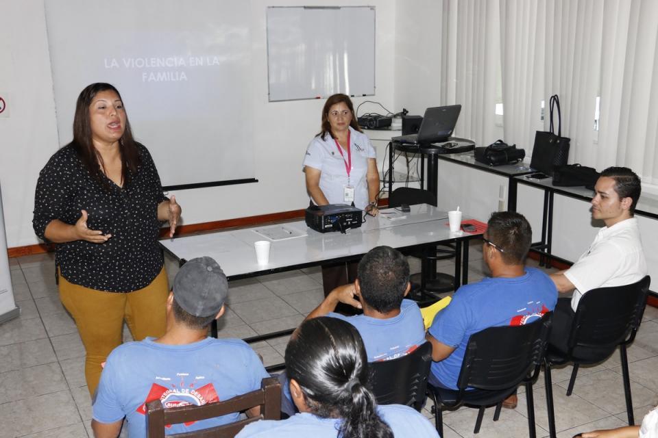 Desarrollan alumnos de la  UAN Bahía, semana cultura