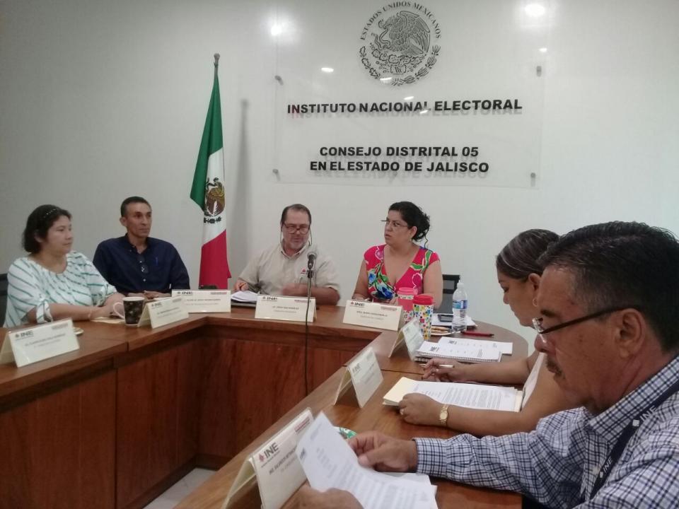 Sesión ordinaria del Consejo Distrital 05 del INE con sede en Puerto Vallarta