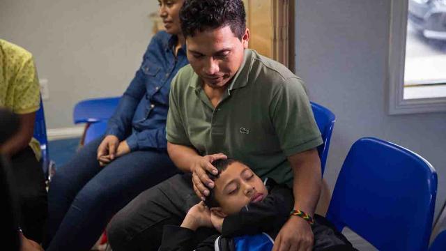 Busca Trump vincular a México con su  decisión de separar niños migrantes