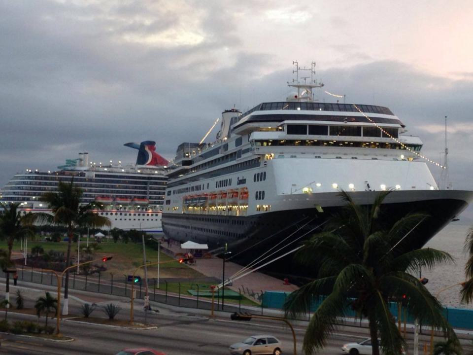 Inicia temporada baja de cruceros  en Vallarta, solo uno por semana