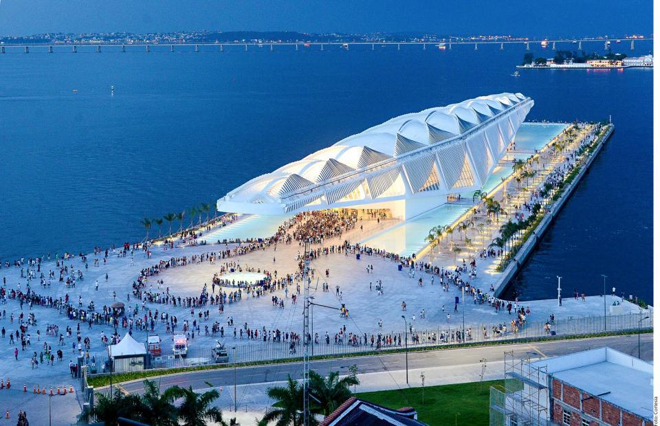 """SANTIAGO CALATRAVA…    """"La arquitectura es  testigo de su época"""""""