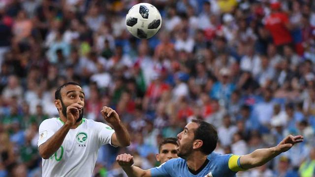 Error árabe pone a Uruguay en  octavos de final de Rusia 2018