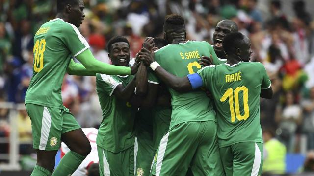 Sorprende Senegal a Polonia  y lo vence 2-1 en su debut