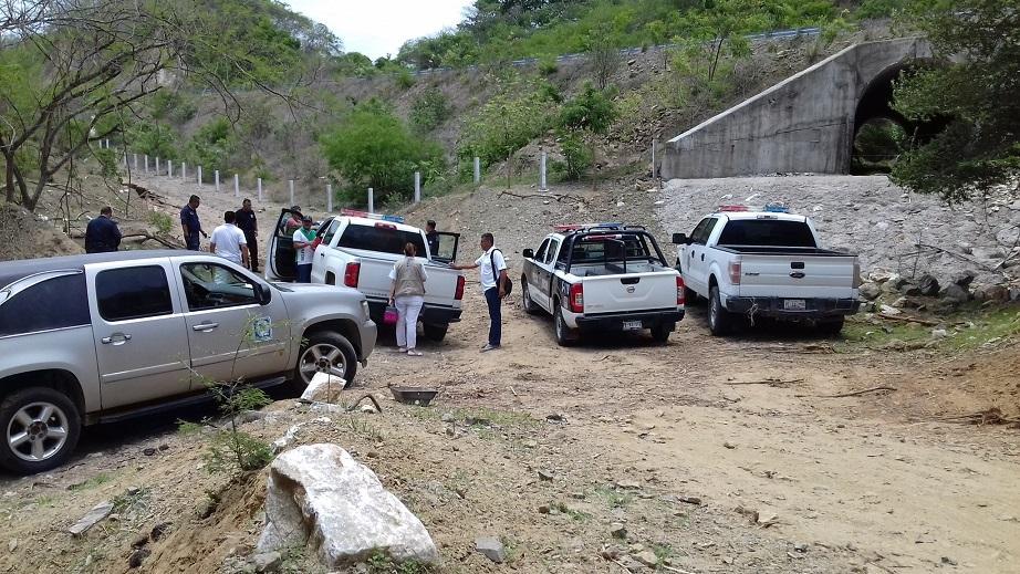 Encuentran semi sepultado el  cuerpo de una mujer en Bahía