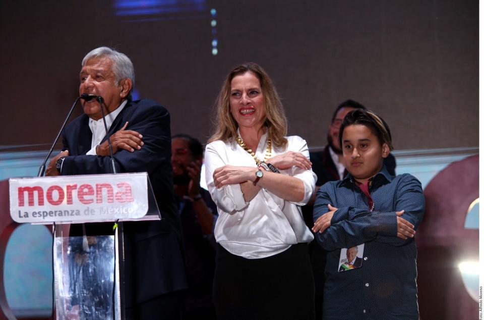 CONTUNDENTE VICTORIA DE MORENA… Jonrón: con el 53% de la  votación, AMLO presidente