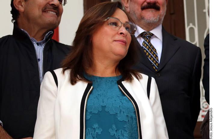 Ajustarán gasto sindical  en Pemex y la CFE