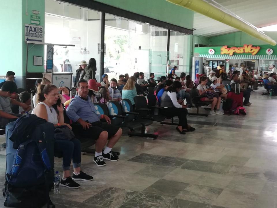 Aumenta afluencia de pasajeros en la Central de Autobuses de PV