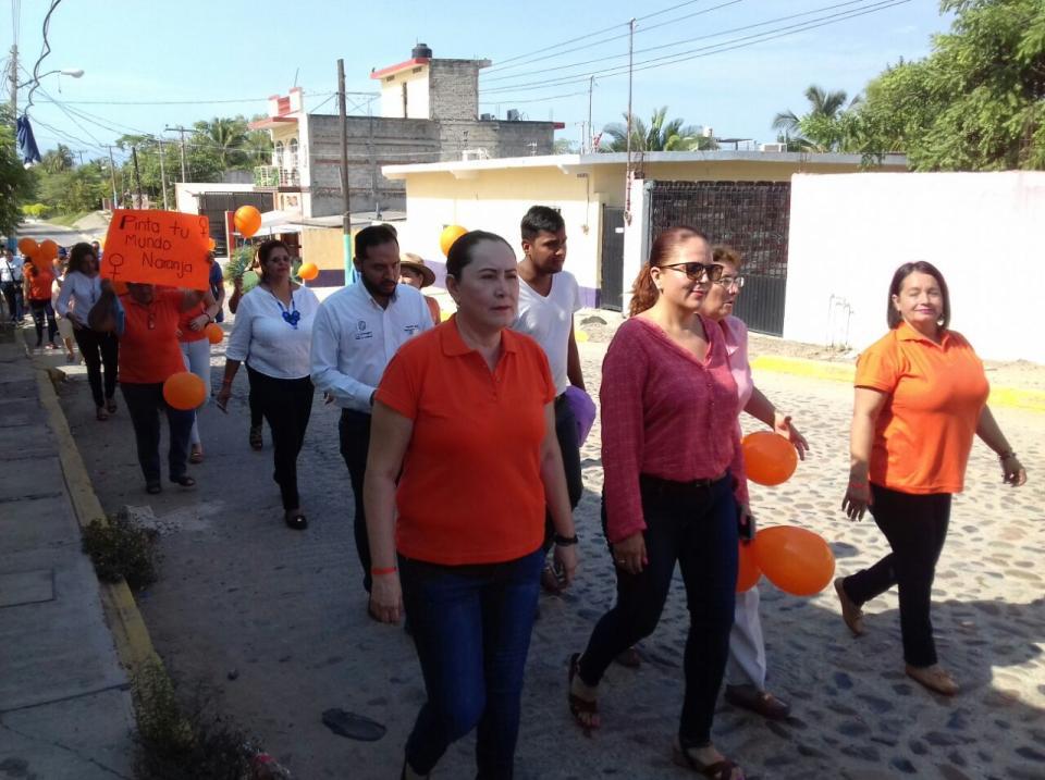 """Marchan en el Día Naranja """"No mas Violencia contra Mujeres y Niñas"""""""
