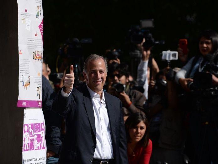 José Antonio Meade segundo presidenciable en emitir su voto