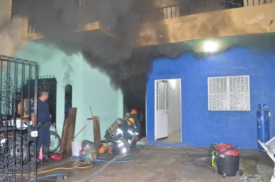 Se incendia domicilio en Villa de Guadalupe