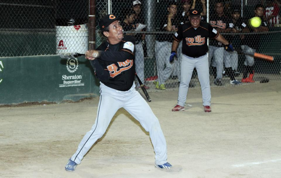 Softbol local…  Hípica vence a Cepillos